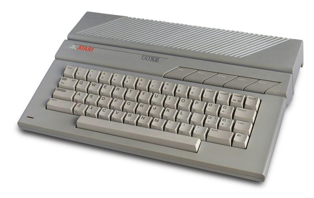 Atari 130XE home computer